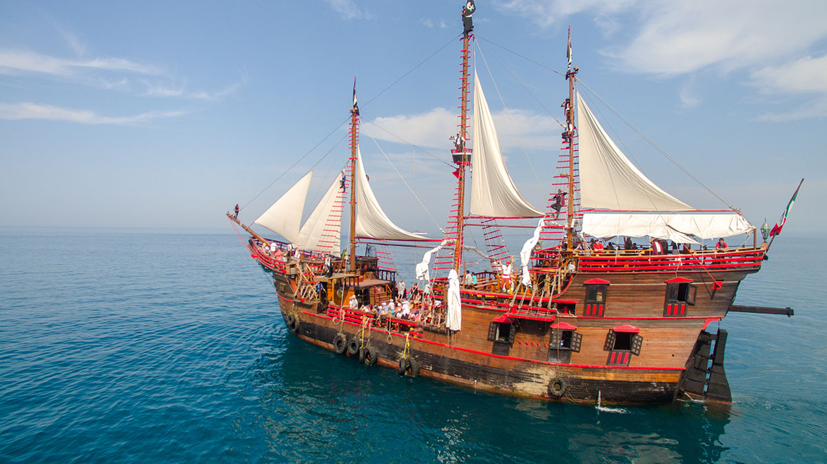 Winter Tours In Puerto Vallarta On A Pirate Ship Pirate