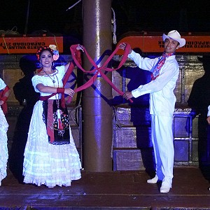 mexico-a-bordo-pirate-ship-vallarta-tour_20