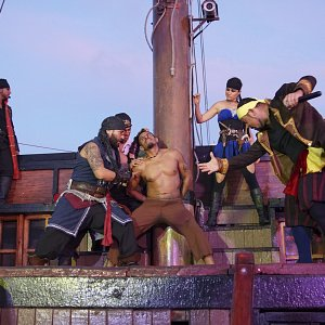 pirate-show-marigalante-puerto-vallarta-pirates-of-the-bay4